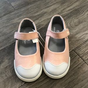 Girls NWT See Kai Run sneakers, 9